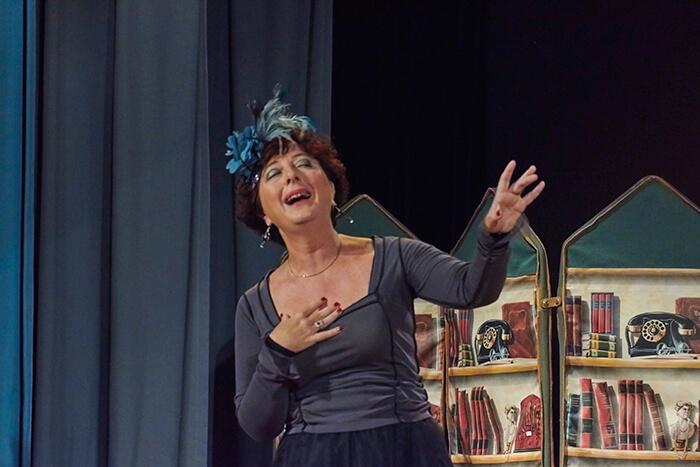 l'attrice Linda Mangiaracina