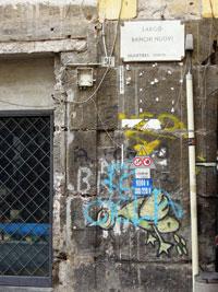 Napoli Piazzetta Banchi Nuovi
