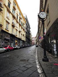 Napoli Via Mezzocannone