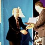 Vincenzo La Camera riceve il premio miglior attore